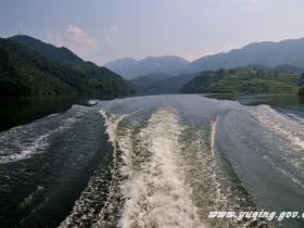 中国西部最美乡村飞龙湖所在地-贵州余庆